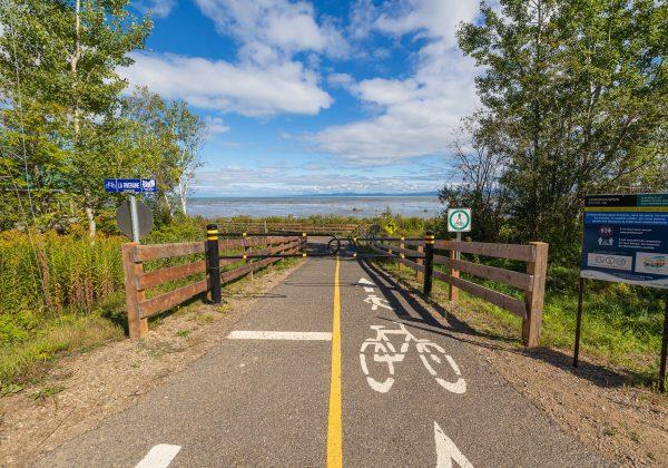 Prolongement de la piste cyclable de Petite-Rivière-Saint-François